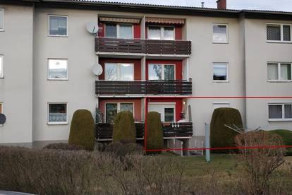 4-Zimmer-Wohnung mit Loggia und PKW-Abstellplatz