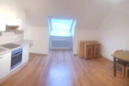 Gemütliche neu sanierte Single Dachgeschosswohnung 21m² in 3062 Kirchstetten