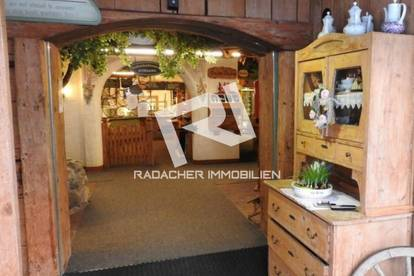 Bestens eingeführte Schihütte / Bergrestaurant in der Schiregion DACHSTEIN WEST zu verkaufen, mit ca. 280 Sitzplätzen innen und großzügiger Sonnenterrasse!