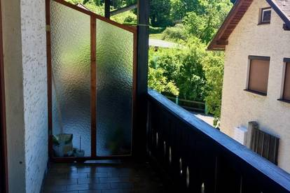 Gut geschnittene 1 - Zimmer - Wohnung mit Balkon zu vermieten !