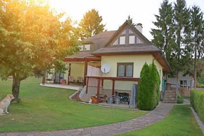 Einfamilienhaus in idyllischer und ruhiger Lage auf 865 m² Eigengrund