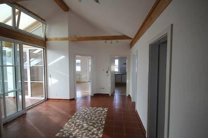 Lichtdurchflutete Dachterrassenwohnung 125m², sehr hell, sonnig, Wintergarten, Terrasse,Balkon, Provisionsfrei