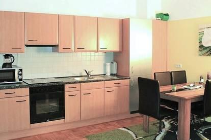 2-Zimmer Wohnung in zentraler Lage mit Gemeinschaftsgarten - Nähe U-Bahn Linie U1