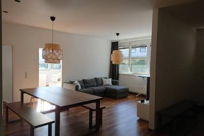 JOSEFIAU / 5-Zimmer, WG-geeignet, frisch renoviert