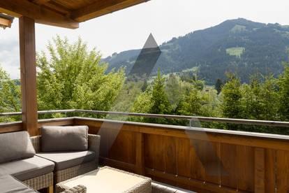 Einfamilienhaus mit Blick auf die Berge