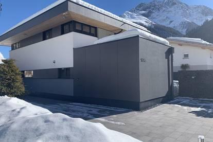 Modernes Einfamilienhaus mit Ausblick auf den Galzig