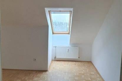 PROVISIONSFREI: WG-geeignete 4-Zi.-Wohnung nahe Montanuni! - Top 24