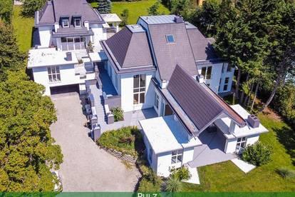Exceptional, massive Villa in Lower Austria