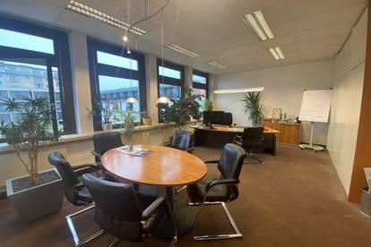 +++ ZENTRAL +++ Absolut helles Büro im Zentrum von Graz