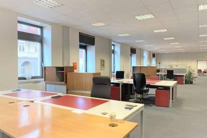 +++ OPEN-PLAN OFFICE +++ Geräumiges Büro in zentraler Lage
