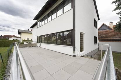 +++ RUHIGER EIGENGARTEN +++ Sonniges Mehrfamilienwohnhaus im Süden von Graz - teilsaniert!