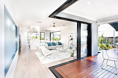 Luxuriöse Wohnung für anspruchsvolle Genießer!!!Exklusives sonniges Einfamilienhaus in sonniger Lage. PROVISIONSFREI