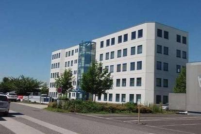 Businesspark Pucking! - Büroraum mit 23 m² -  4 € Kaltmiete pro m² - Schnäppchen!