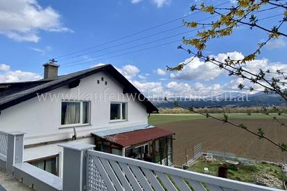 NEU!! Zweifamilienhaus mit Panoramaaussicht!