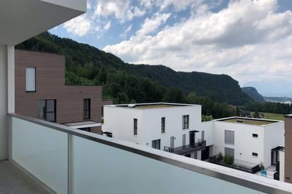 PROVISIONSFREI direkt vom Eigentümer  -  sehr helle, ruhige und uneinsehbare Balkonwohnung mit einzigartigem und freiem Blick über Salzburg -  BALKON-WOHNUNG