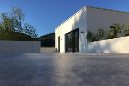 PROVISIONSFREI direkt vom Eigentümer  -  einzigartige Dachterrassenwohnung über 2 Ebenen mit spektakulärem Blick auf Salzburg und eigenem Garten  -  PENTHOUSE-WOHNUNG