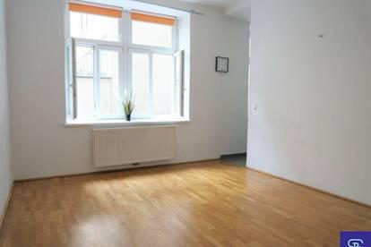 Unbefristeter 39m² Altbau mit 2 Zimmern und Einbauküche in Hofruhelage - 1050 Wien