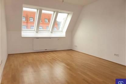 Klimatisierte 48m² DG-Wohnung mit Einbauküche Nähe Prater - 1020 Wien