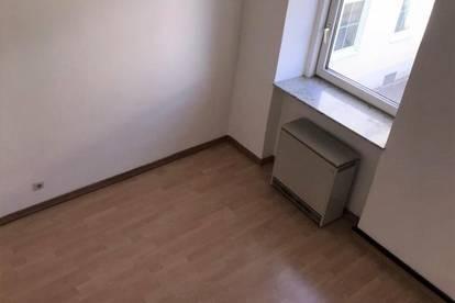 2 - Zimmer Maisonette Wohnung!