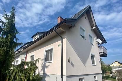 WEIZ! Renoviertes Einfamilienhaus mit Nebengebäude und Garten