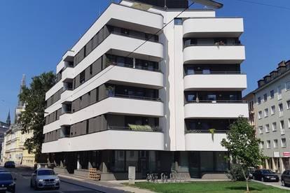 Nähe Landstraße | Top Apartment mit Küche und Balkon | Neuwertig
