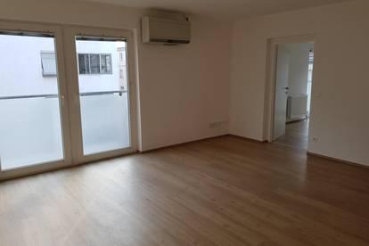 helle schöne Wohnung mit Klimaanlage