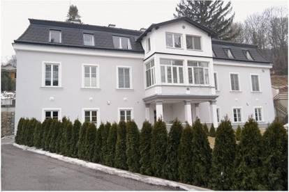 Mietwohnung + Eigengarten in restaurierter Altvilla