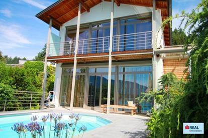 Moderne Villa mit Pool und traumhaften Blick auf den Millstätter See