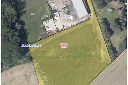 8.561 m² Gewerbegrundstück zu verkaufen!