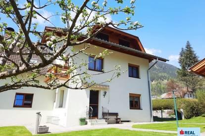 Doppelhaushälfte mit schönem Garten in ruhiger Lage von Steinfeld/Drau