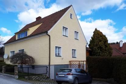 Liebevoll gepflegtes Haus mit Garten in Stadtnähe Zwettl - ab sofort bezugsbereit