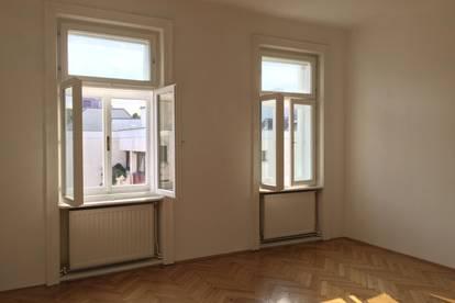2 Zimmer 20+12m2 für 1 Mitbewohner in 2er WG