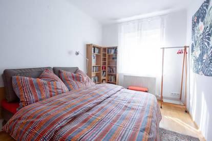 Expat Wohnung mit 2 Schlafzimmern und Balkon – wochenweise Vermietung!