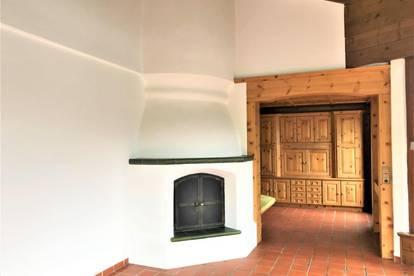 Telfs. Traditionelle Sechszimmerwohnung.