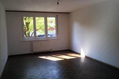 Helle großzügig geschnittene 3-Zimmer-Wohnung 120 m²
