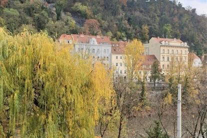 34,77m²  /   1 Zimmer   /  4.OG   /   Mur- & Schlossbergblick / Top 18