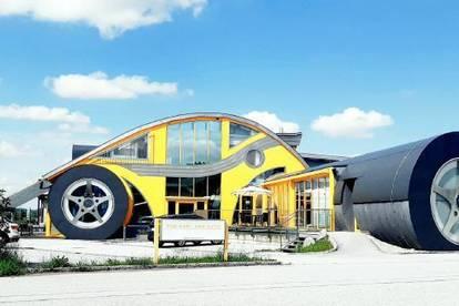 THE CAR im Zentrum von Flachgau