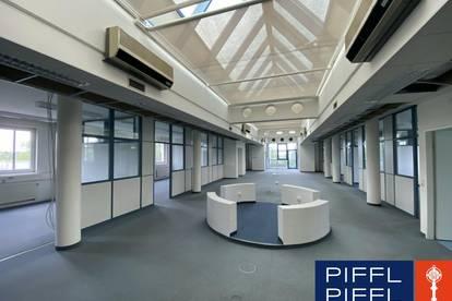 Lichtdurchflutetes Büro mit 409 m2