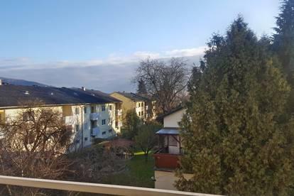 Verkaufe sonnige Penthaus Wohnung in bester Lage von Linz Urfahr. Kein Maklerhonorar!