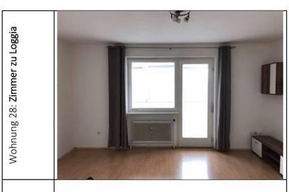 Wohnung in ZENTRALER Lage // verglastem BALKON // mit Kellerabstellraum // PROVISIONSFREI