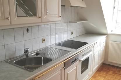 Vermiete sehr schöne, helle und ruhige Wohnung in Steyr