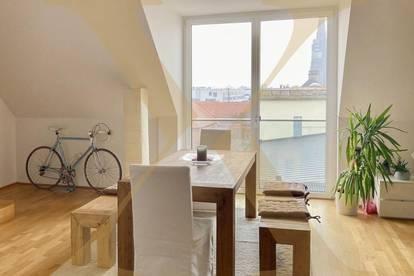 Exklusive 2-geschoßige DG-Wohnung mit Balkon und Weitblick in der Linzer Innenstadt zu vermieten!