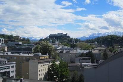 Erstbezug - Neurenoviert zentrumsnahe  Wohnung über den Dächern von Salzburg