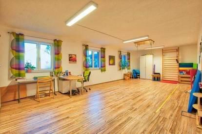 Moderner Büro-, Ausstellungs- oder Therapieraum im wunderschönen Attergau!