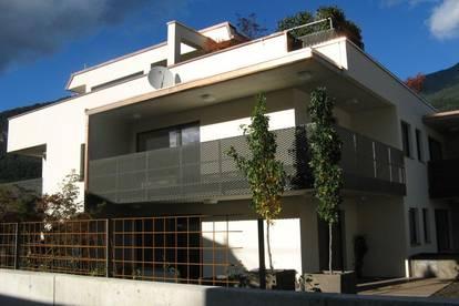 Wunderschöne Dachterrassenwohnung (gesamt 214 m²)  um € 1.460,00 plus 190,00 BK in ruhiger Lage in Inzing zu vermieten
