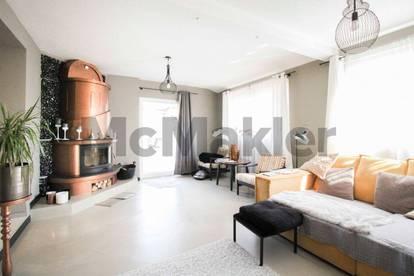 Höchster Wohnkomfort in Hart bei Graz: Modernes Zweifamilienhaus m. schönem Garten u. großem Carport