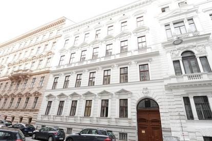 Wunderbare Altbauwohnung im Herzen des Botschaftsviertels