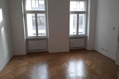 helle 2-Zimmer Altbauwohnung mit Küche in 1100 Wien - PROVISIONSFREI vom Bauträger!