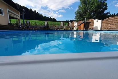 ++ Elegantes Zweifamilienhaus + Pool + Biotop + 2 Terrassen & Balkon + herrliche Gartenanlage ++