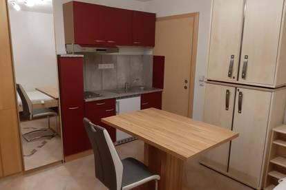 Neuwertige Kleinwohnung - vorläufig reserviert